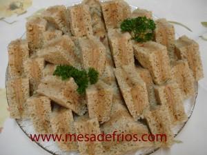 Sanduíches de tomate seco com blanquet