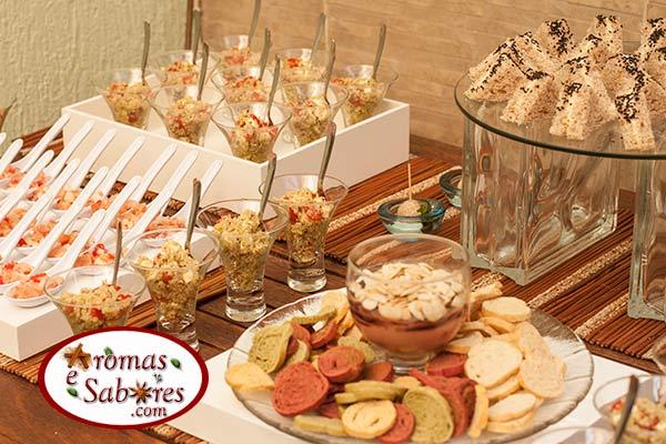 Resultado de imagem para Buffet para Ano Novo decoração de mesa